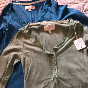 American Eagle long sleeved henleys
